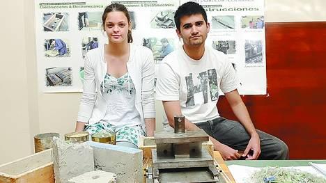 Sustentables-baratos-ladrillos-fabricados-estudiantes_CLAIMA20131107_0027_17